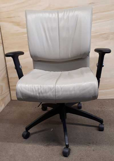 Used Softcurve-LM Chair, Office Furniture North York