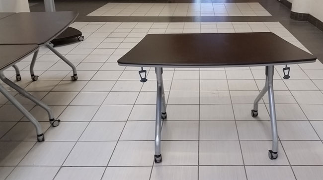 Global Bungee End Modular Table